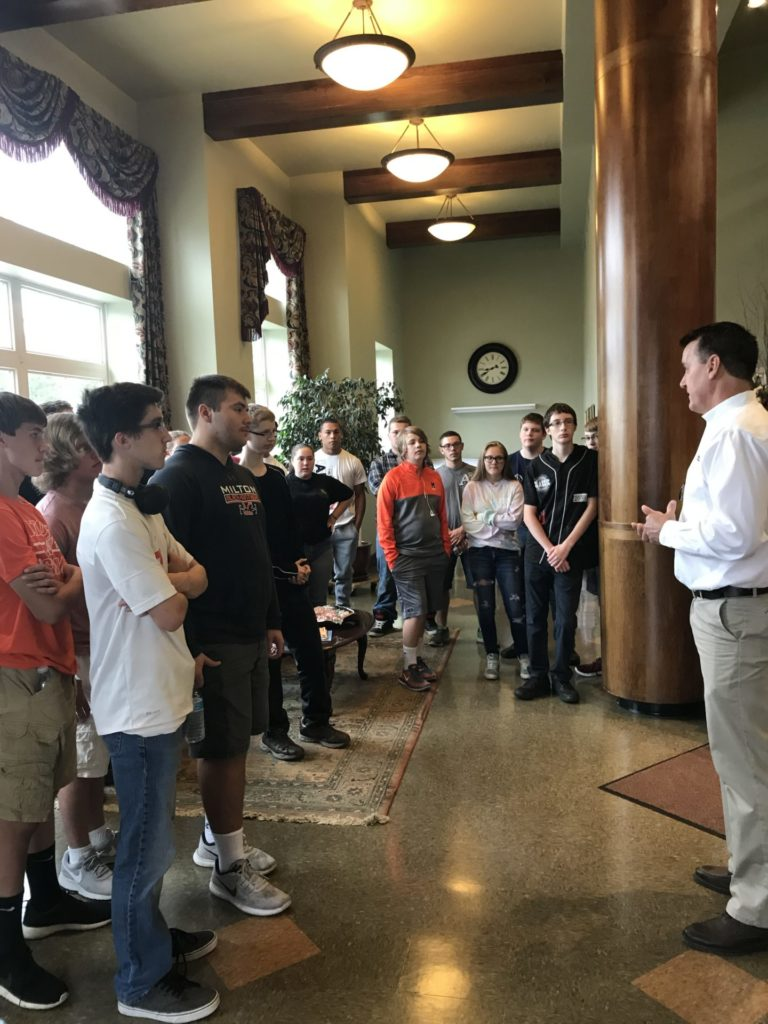 Milton High School sophomores learn more about careers in construction